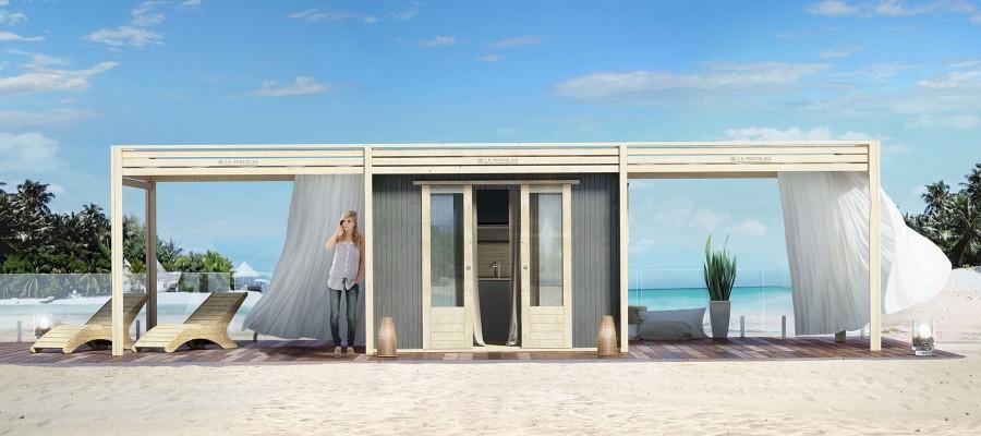 casetta di legno in spiaggia