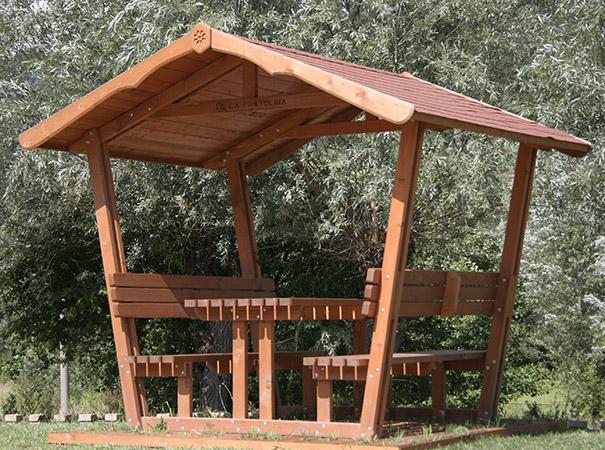Gazebo con panche e tavolo la pratolina for Tavoli da giardino in legno rustici