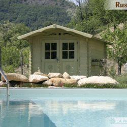 casetta in legno 250×300 porta doppia verde piscina