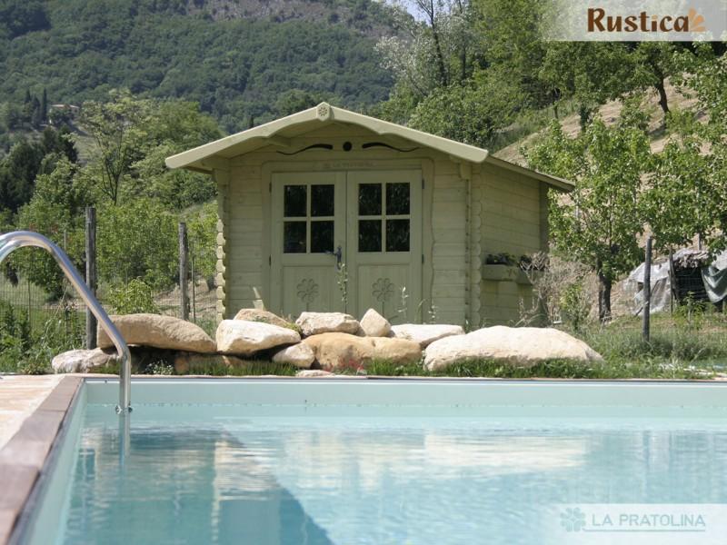 casetta in legno 250x300 porta doppia verde piscina