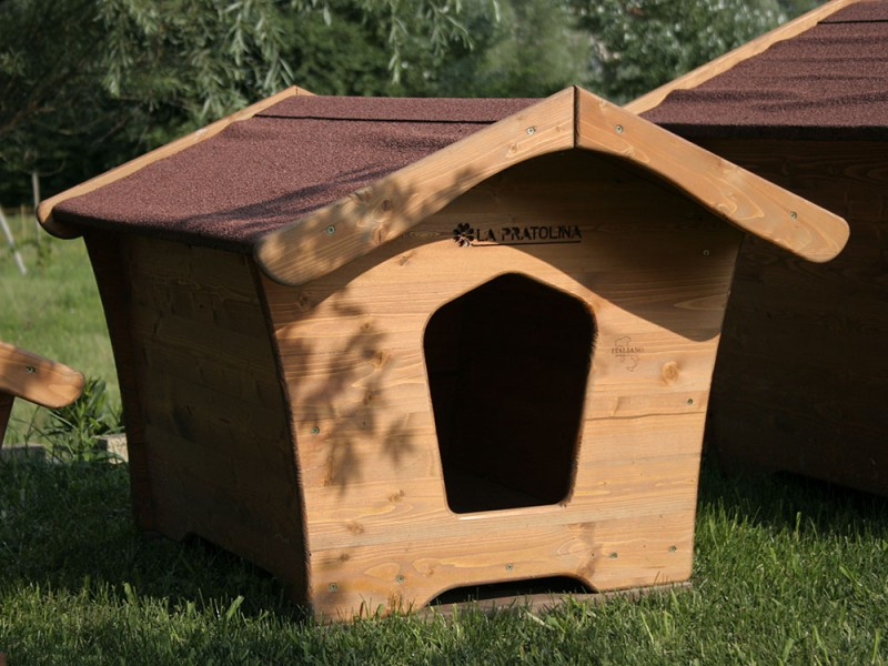 Cuccia per cani taglia grande in legno la pratolina for Recinto per cani taglia grande