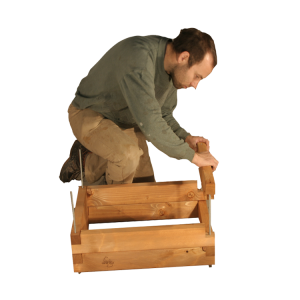 montaggio fioriera in legno