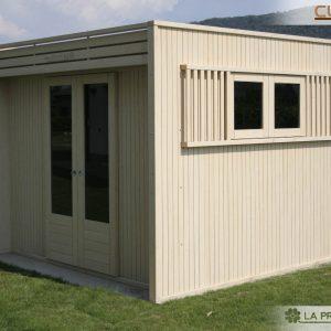 Casetta di legno realizzata in pannelli XLAM, elegante, resistente e di design